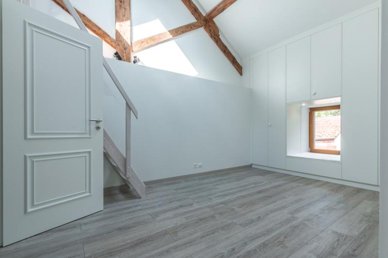 construction exotique r alisations armoire encastr e. Black Bedroom Furniture Sets. Home Design Ideas